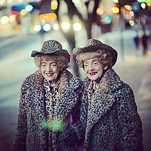 220px-Marian_and_Vivian_Brown.jpg